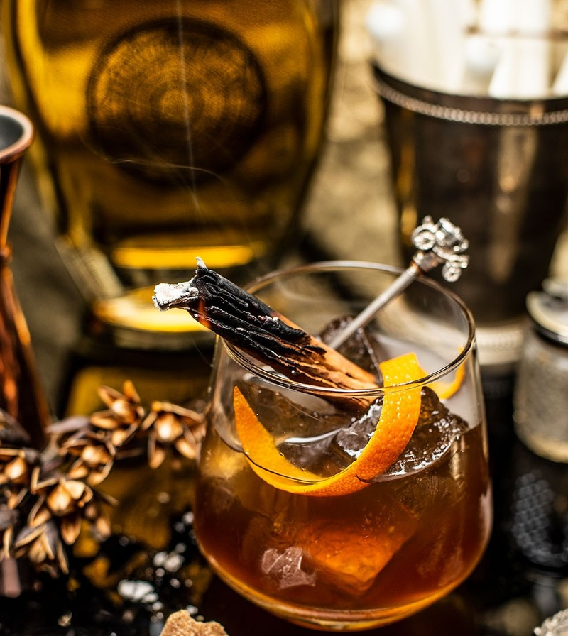 Full gold rum smoked old fashioned