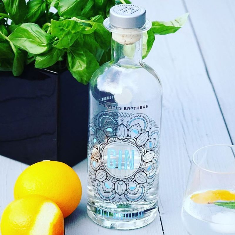 Full griffiths brothers gin original serving