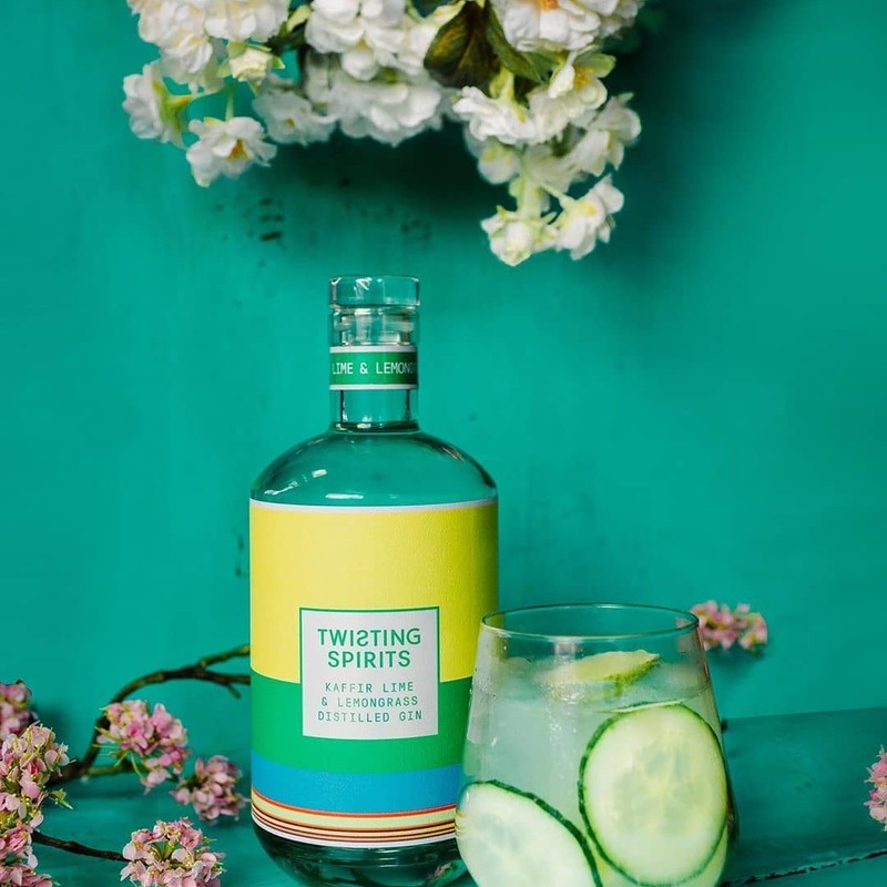 Full kaffir and lime twisting spirits with cucumber and flowers tonic